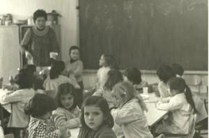 Quaranta anys d'escola la sardana. Foto cedida per mestres de l'escola dels primers anys